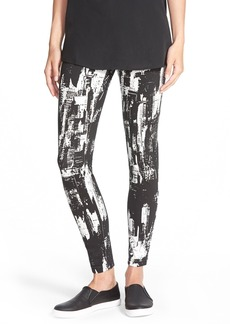 Hue 'New York Cityscape' Graphic Print Denim Leggings