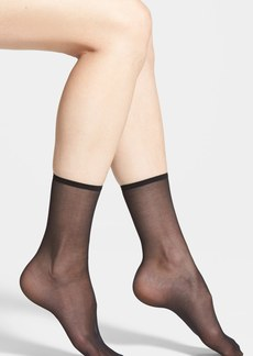 Hue Sheer Ankle Socks