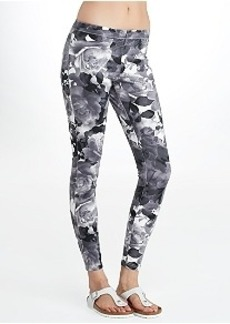 HUE Super Smooth Floral Denim Leggings