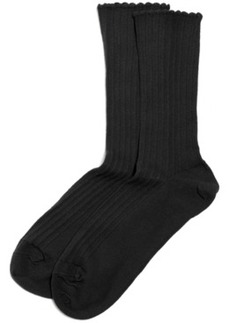 Hue Women's Scallopped Pointelle Socks