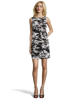 Isaac Mizrahi black and cream sleeveless novelty lace dress