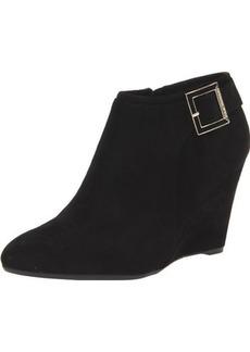 Isaac Mizrahi New York women's Winona Wedge Boot