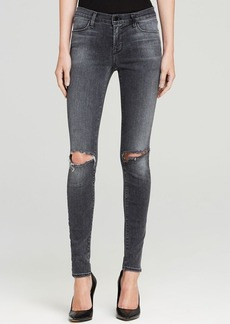 J Brand Jeans - 620 Close Cut Mid Rise Super Skinny in Nemesis