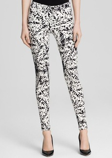J Brand Jeans - Photo Ready Mid Rise Super Skinny in Labyrinth Print