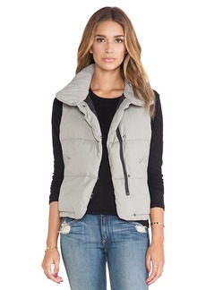 James Perse Down Filled Funnel Neck Vest in Taupe