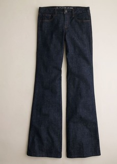 Classic flare jean in Jezebel wash