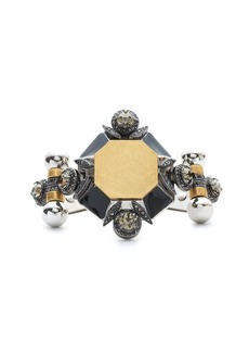 Metal medallion bracelet