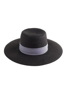 Wide-brimmed straw hat in black