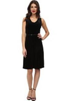 Jones New York Sleeveless V-Neck Dress