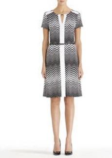 Short Sleeve Crew Neck Dress (Plus)