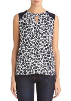 Sleeveless Keyhole Blouse (Plus)