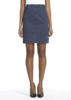 Slim Skirt with Front Pockets