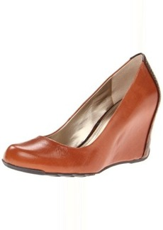 Kenneth Cole REACTION Women's Did U Tell Wedge Pump