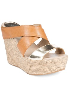 Kenneth Cole Reaction Women's Oscar Rent Her Platform Wedge Sandals