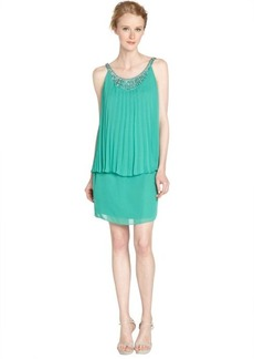 Laundry by Shelli Segal aloe very green jewel neck mini dress