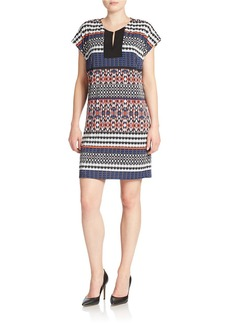 LAUNDRY BY SHELLI SEGAL Printed Split-Neck Sheath Dress