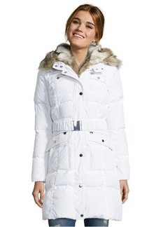Laundry by Shelli Segal white quilted down belted faux fur trim coat