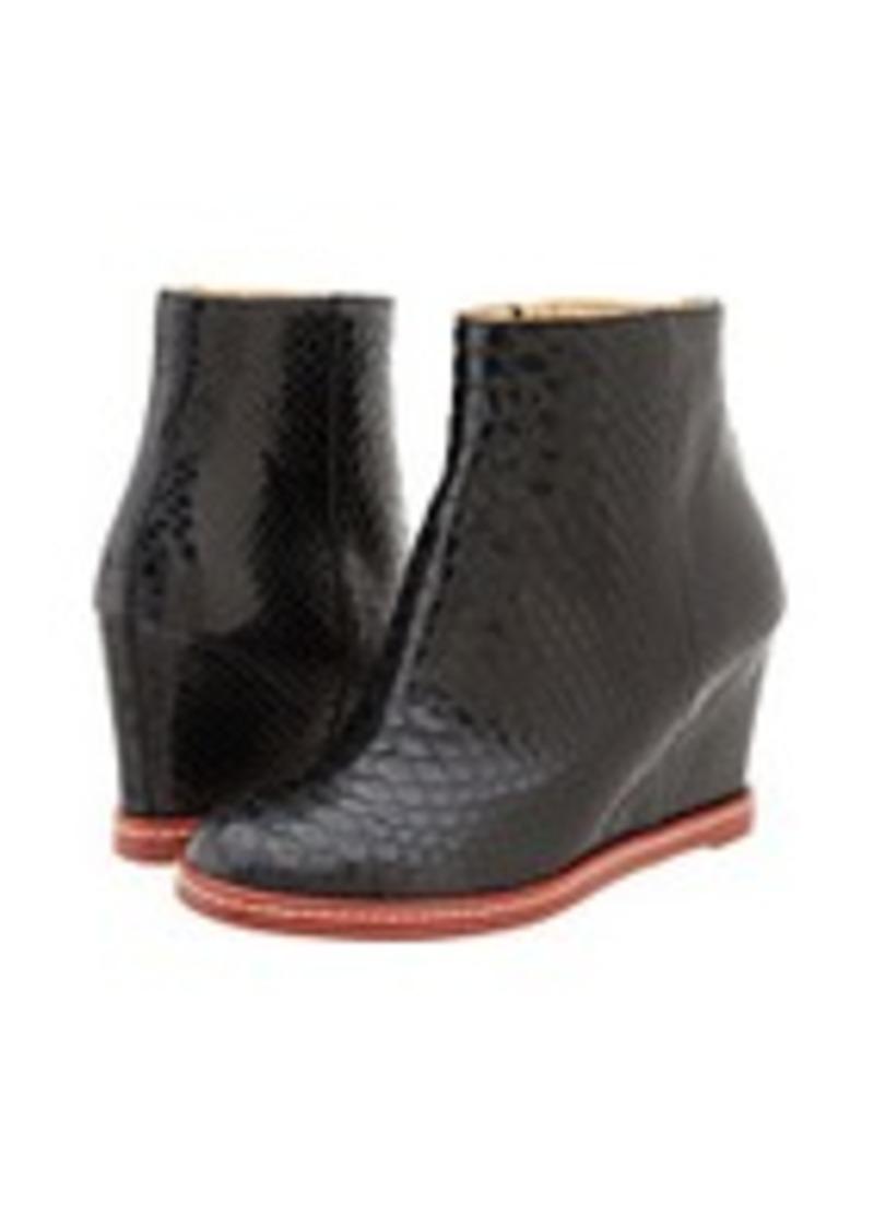 maison martin margiela mm6 maison margiela s59wu0004sx8606 900 shoes shop it to me. Black Bedroom Furniture Sets. Home Design Ideas