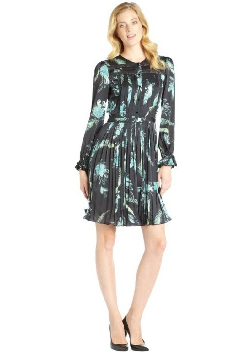 Marchesa marchesa voyage black feather print pleated long for Black pleated dress shirt
