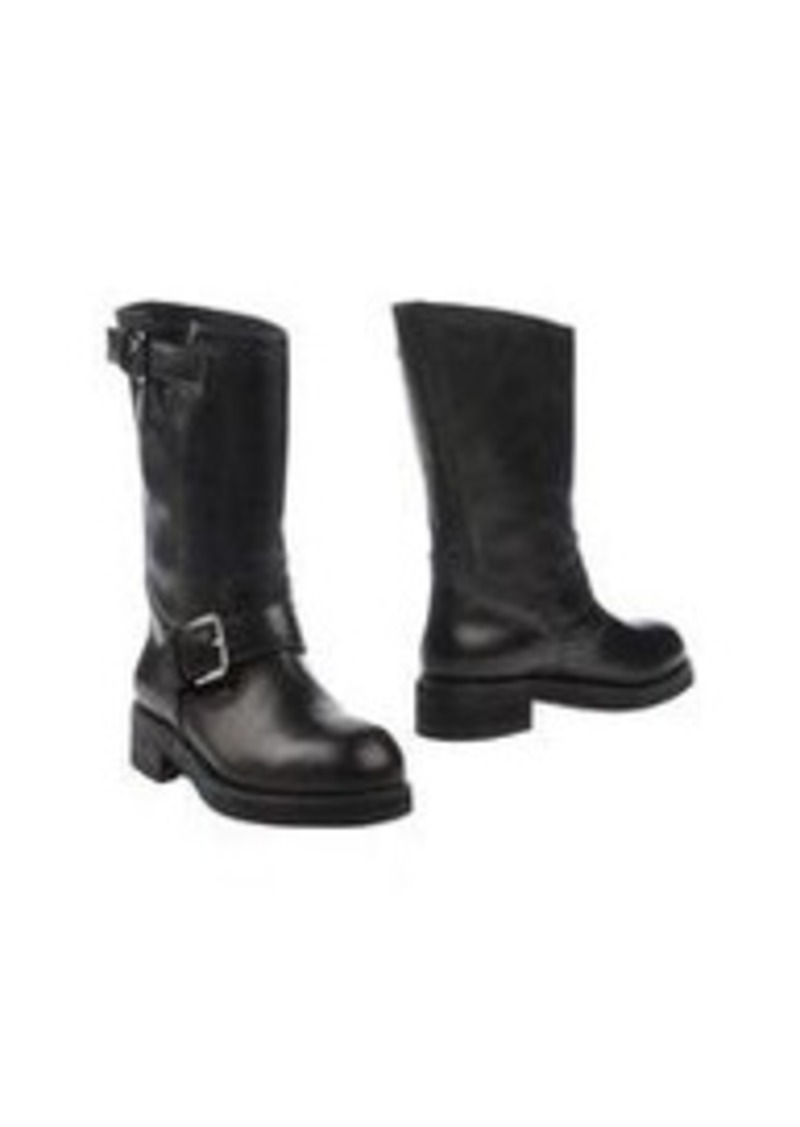 Be A Marni Girl With These Luxurious Boots The Italian powerhouse Marni has been designing luxury clothing and accessories since the early 90s. Fashionistas around the globe have gravitated towards the brand's eclectic designs and use of luxe materials.