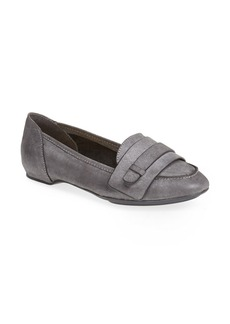 MAXSTUDIO 'Dodger' Loafer Flat (Women)