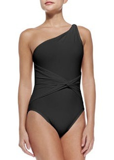 One-Shoulder One-Piece Swimsuit   One-Shoulder One-Piece Swimsuit