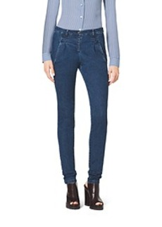 Single-Pleat Stretch Skinny Jeans