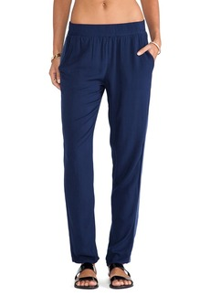 Michael Stars Roll Up Pant in Navy