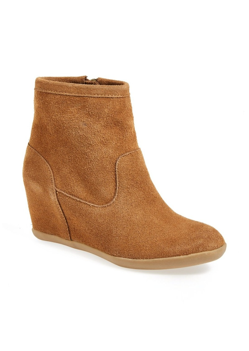minnetonka minnetonka wedge boot shoes