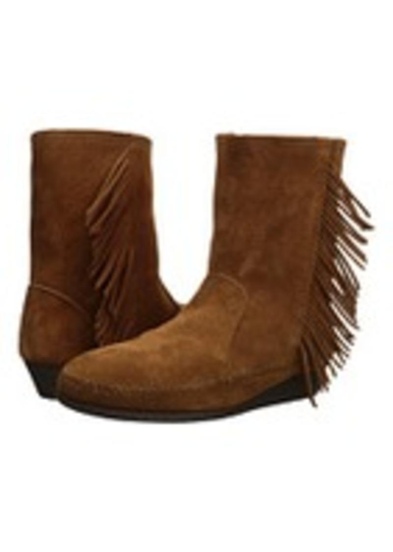 minnetonka minnetonka side fringe wedge boot shoes