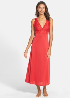 Natori 'Aphrodite Zen' Floral Lace Trim Nightgown