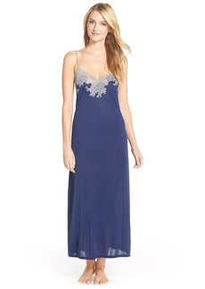 Natori 'Enchant' Lace Appliqué Knit Nightgown