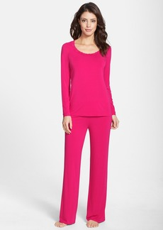 Natori 'Feathers' Lace Trim Pajamas