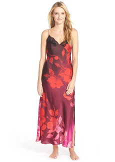 Natori 'Sophia' Long Gown with Lace