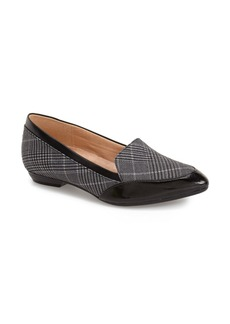Naturalizer 'Peace' Loafer (Women)