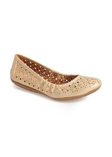 Naturalizer 'Undone' Perforated Ballet Flat