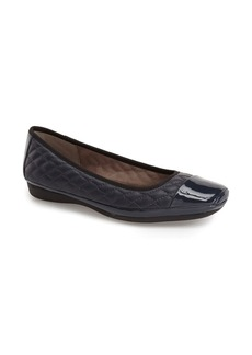 Naturalizer 'Velma' Quilted Ballet Flat (Women)