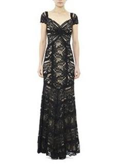 Loren Stretch Lace Gown