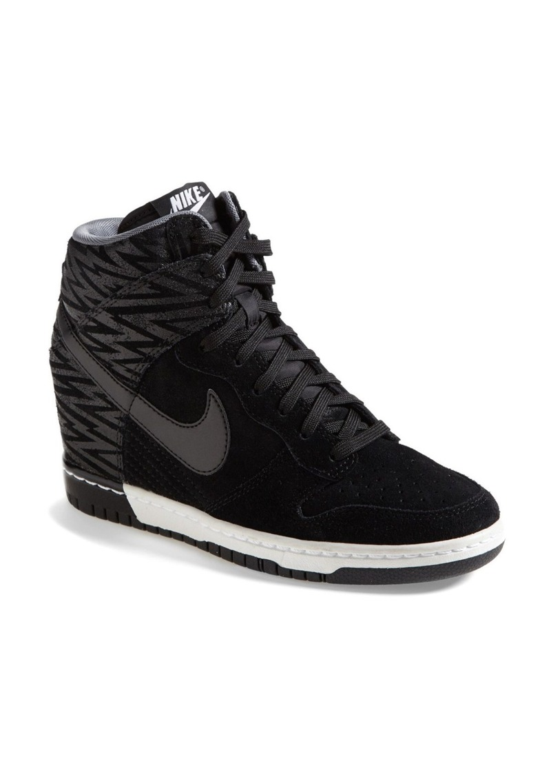 Model Womens Sneakers  Sneaker Shoes Online  Nike Sneakers Shoes