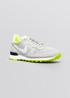 Nike Lace Up Running Sneakers - Women's Internationalist Jogger