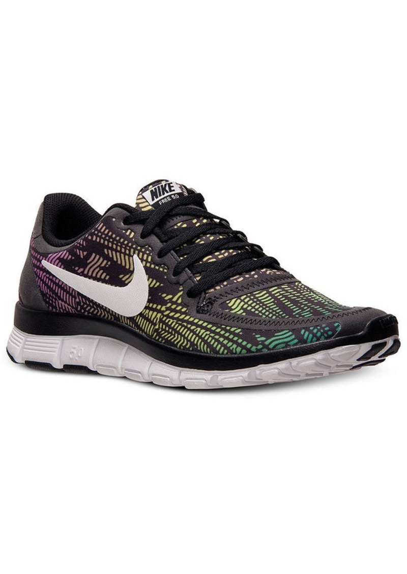 Nike Shoes for Top Performance. Achieve the impossible with the help of our diverse selection of Nike shoes and footwear. When there are goals to be met, challenges to conquer and obstacles to overcome, turn to the time-tested quality of Nike shoes.