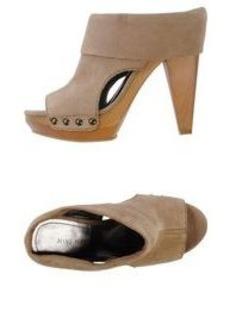 NINE WEST - Open-toe mule