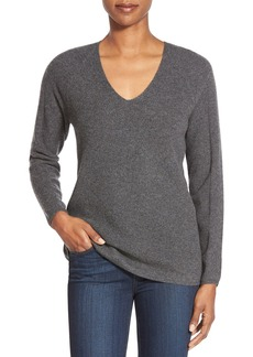 Nordstrom Collection V-Neck Cashmere Sweater