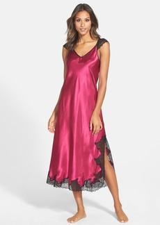 Oscar de la Renta 'Lace Luster' Nightgown