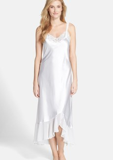 Oscar de la Renta Sleepwear 'Always a Bride' Nightgown