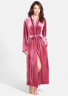 Oscar de la Renta Velvet Robe