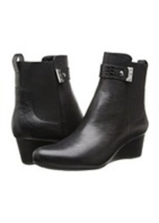 Rockport Total Motion Gore Pull On Boot w/ Croc Strap