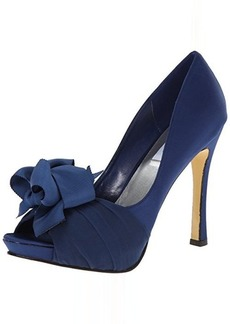 rsvp Women's Cailyn Pump