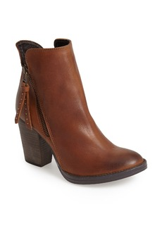 Steve Madden 'Ryat' Leather Ankle Bootie (Women)