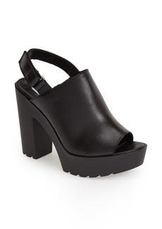 Steve Madden 'Teqila' Leather Platform Sandal (Women)